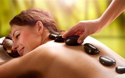 Massagem c/ Pedras Quentes